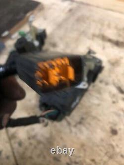 RANGE ROVER P38 Front O/S Door Latch Drivers Side 99-02 Good
