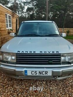 RANGE ROVER P38 with PRIVATE PLATE