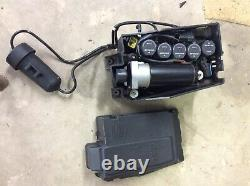 Range rover p38 air suspension pump complete with a 4 month old Dunlop pump